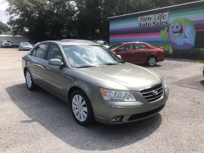 2009 HYUNDAI SONATA LIMITED - Comfortable Ride! Local Trade in!!