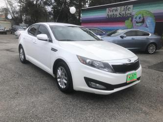 2013 KIA OPTIMA LX - Spacious Interior with Great Fuel Economy! Clean CarFax!!