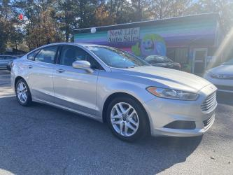 2015 FORD FUSION SE - Beautiful All Around! Certified One Owner!!