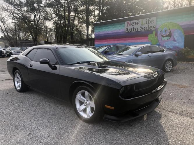 2014 DODGE CHALLENGER SXT - Rocket Off the Line! Local Trade in!!