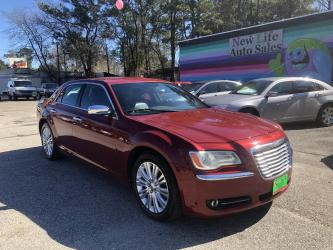2013 CHRYSLER 300C AWD - All the Goodies!! Clean CarFax!!