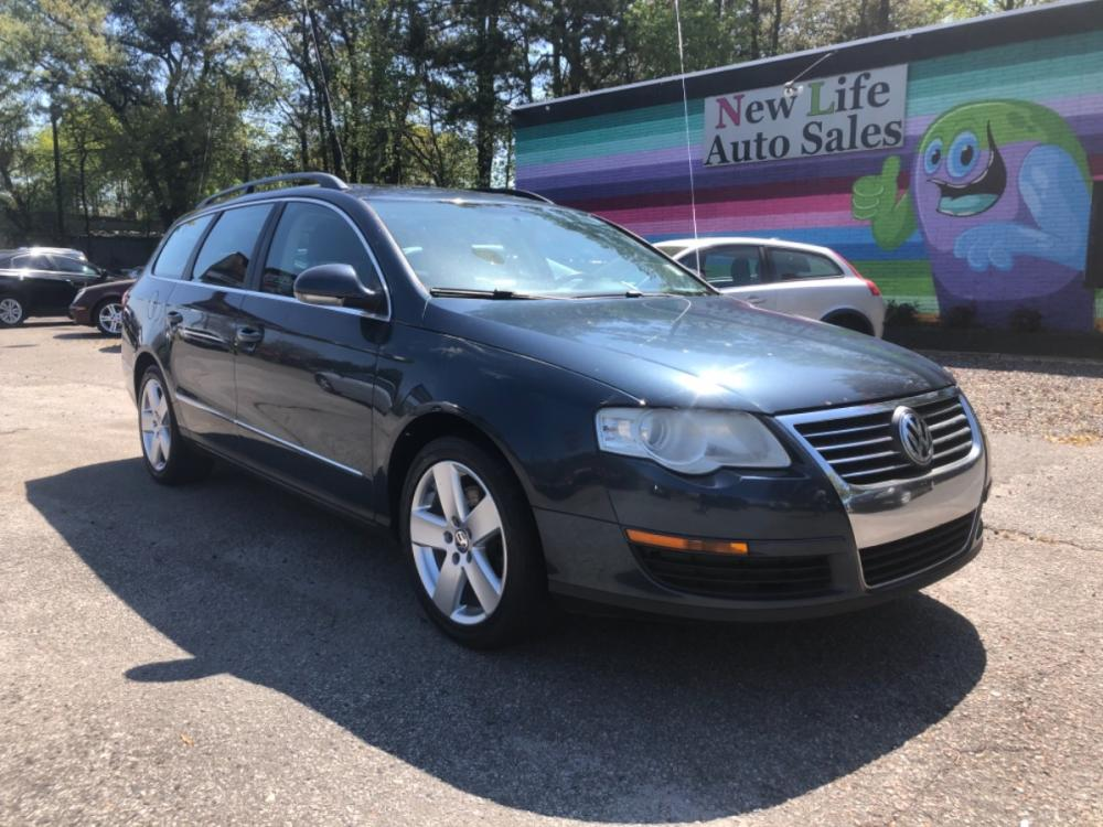 2008 BLUE VOLKSWAGEN PASSAT WAGON KOMFORT (WVWLK73C18E) with an 2.0L engine, Automatic transmission, located at 5103 Dorchester Rd., Charleston, SC, 29418-5607, (843) 767-1122, 36.245171, -115.228050 - Photo #0