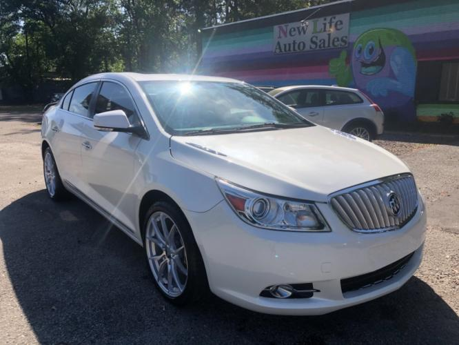 2010 BUICK LACROSSE CXS - Pearl White Beauty! Financing Available!!