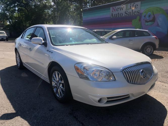 2011 BUICK LUCERNE CXL - Spacious! Clean CarFax! Local Trade-in!!