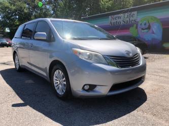 2012 TOYOTA SIENNA XLE - Not Just Any Minivan! Certified One Owner!!